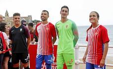 El Sporting presenta su nueva camiseta en La Escalerona