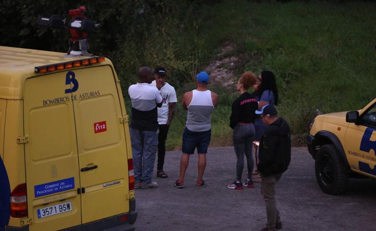 Buscan a un hombre desaparecido cuando nadaba en el Nalón
