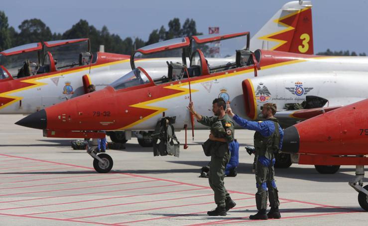 La Patrulla Águila vuelve a Gijón: compenetración, geometría y exhibición