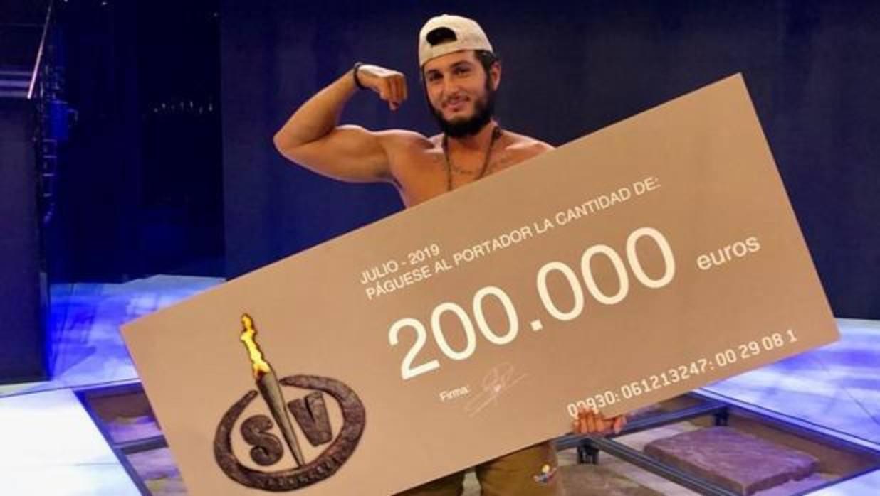Omar Montes, ganador de «Supervivientes» tras vencer en la gran final a Albert Álvarez