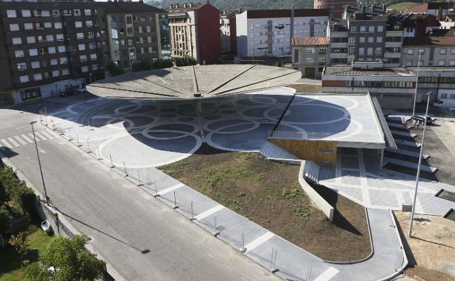 La Pola estrenará la mayor plaza pública cubierta de Asturias tras el Carmín