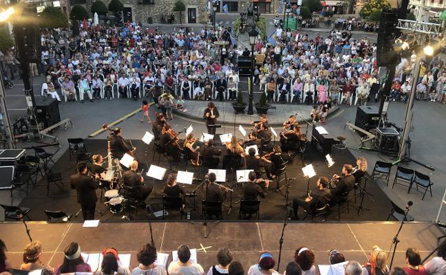 Éxito de la Joven Orquesta de Arriondas en su debut