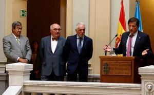 Javier Fernández se despide reivindicando el valor de los políticos de la Transición