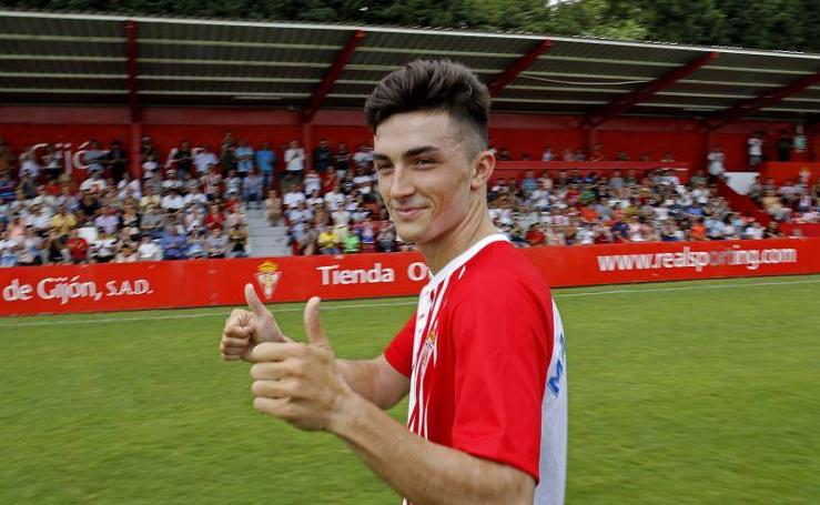 El Sporting presenta a Manu García