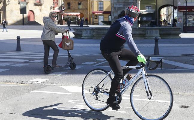 El Ayuntamiento de Gijón prohibirá que los patinetes eléctricos circulen por los carriles bici
