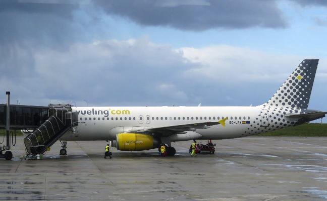 Un 80% menos de pasaje internacional en el aeropuerto de Asturias
