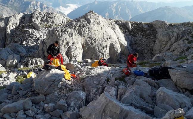 Viaje al centro de una incógnita en los Picos