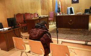 La Audiencia rebaja a dos años de cárcel la condena al joven que intentó violar y dio una paliza a una mujer en Avilés