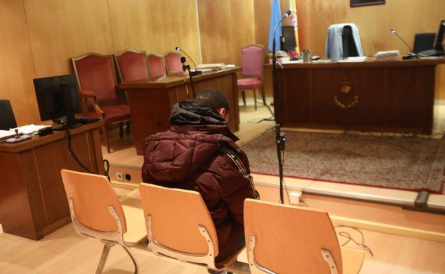 La Audiencia rebaja a dos años de cárcel la pena por la agresión sexual en Bustiello