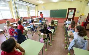 CCOO reclama la equiparación salarial de los docentes y la reducción de la jornada en Primaria