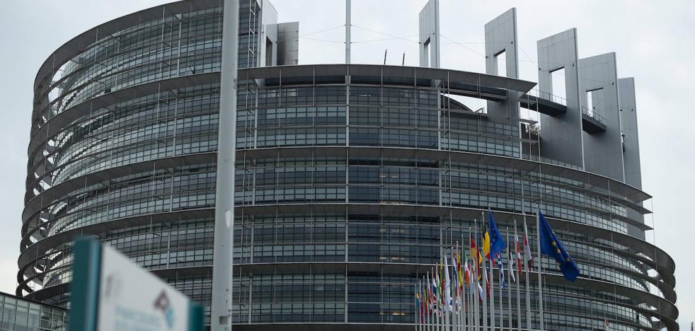 La Eurocámara apuntala el Acuerdo de Retirada como «única garantía» de un 'brexit' ordenado