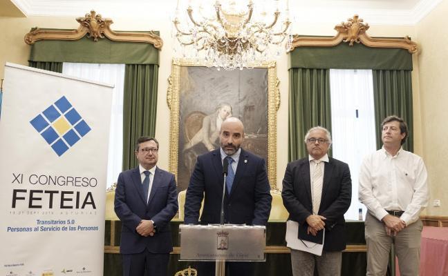 Los empresarios piden vías de ancho internacional para la ZALIA y el puerto de El Musel
