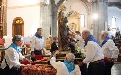 Grado se queda sin procesionar a Santa Ana después de una caída