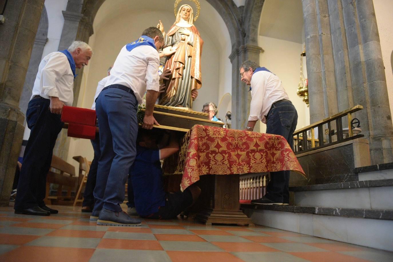 Grado, sin procesión de Santa Ana por una caída de la virgen