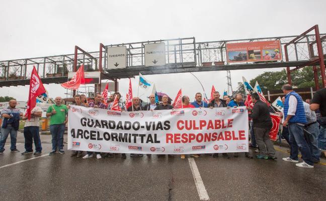 Sindicatos y Arcelor buscan un acuerdo que evite el inicio de movilizaciones