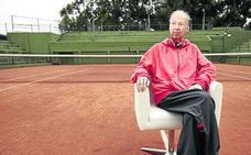 Adiós al mejor embajador de Avilés con el tenis