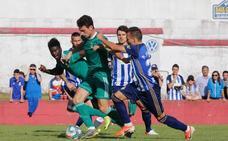 El Real Oviedo tropieza en Navia (Real Oviedo 0 - 1 Ponferradina)