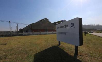 Industria convoca mañana a la empresa y sindicatos a la última reunión para conocer el futuro de Alcoa