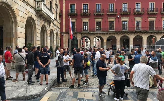 La plantilla de Zener desconvoca la huelga por la readmisión de trabajadores