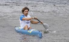Javier Hernanz disputará el Sella con una piragua reciclada de Agua de Cuevas