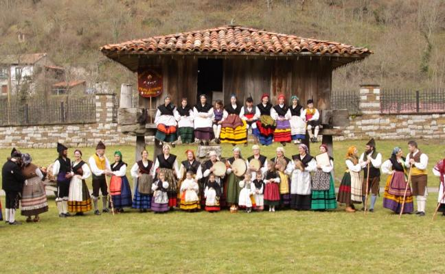 La música asturiana viaja hasta Francia