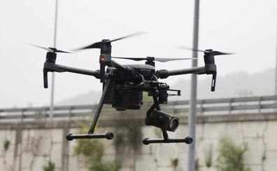 Los drones de tráfico comienzan a vigilar y a multar