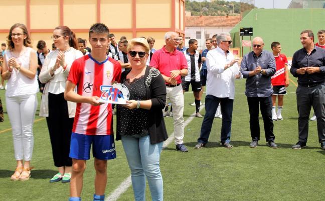 El Sporting frena la marcha del atacante cadete Christian Ferreres al Villarreal