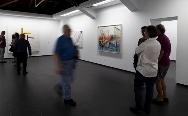Pelayo Ortega inaugura exposición en La Caridad
