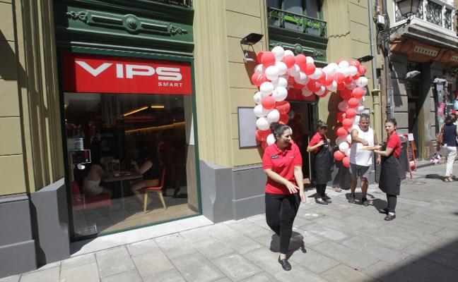 La cadena Vips inaugura un restaurante en El Antiguo que dará trabajo a quince personas