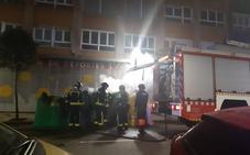Arde un nuevo contenedor de basura en Gijón