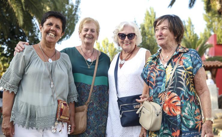 Los mayores se lo pasan en grande en la Feria