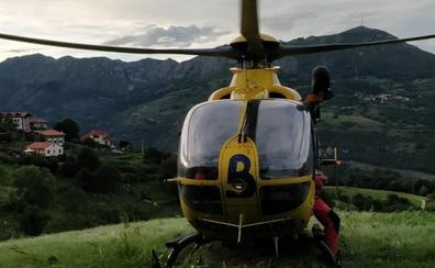 Evacuada una mujer que se desorientó haciendo una ruta en Peñamellera Baja