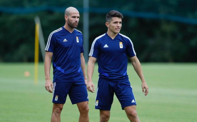 Real Oviedo | Ortuño y Nieto pisan El Requexón