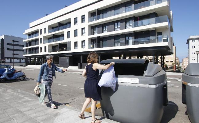 La Policía revisa los servicios de taxis del día que apareció el bebé asesinado en Gijón