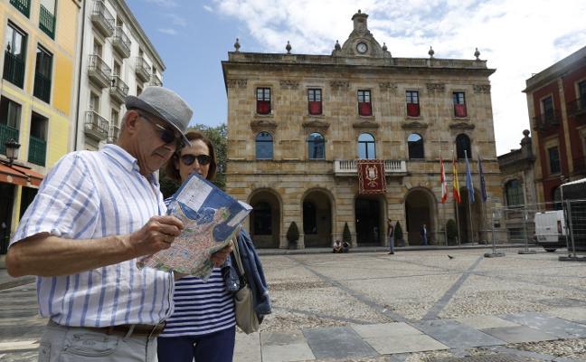 Los alojamientos en Gijón para la Noche de los Fuegos, hasta 437 euros