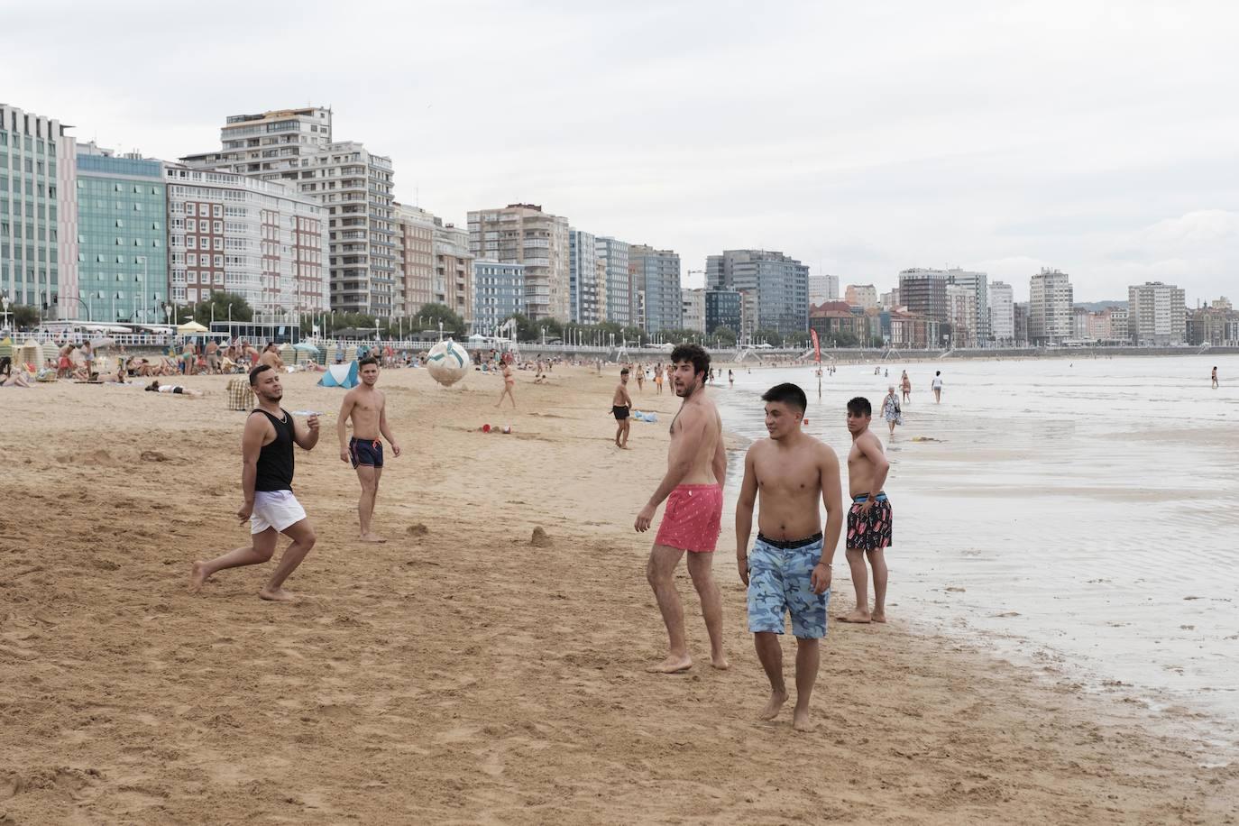 Jornada de nubes y temperaturas más bajas en Asturias