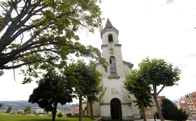 Las obras de la iglesia de La Cadellada están pendientes de la licencia municipal