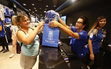 Las camisetas oficiales del Real Oviedo, ya a la venta