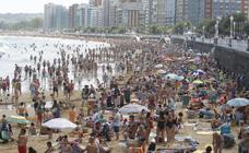 Las playas de Asturias, a rebosar