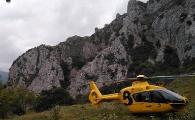 Herido un escalador tras sufrir una caída de quince metros en Quirós
