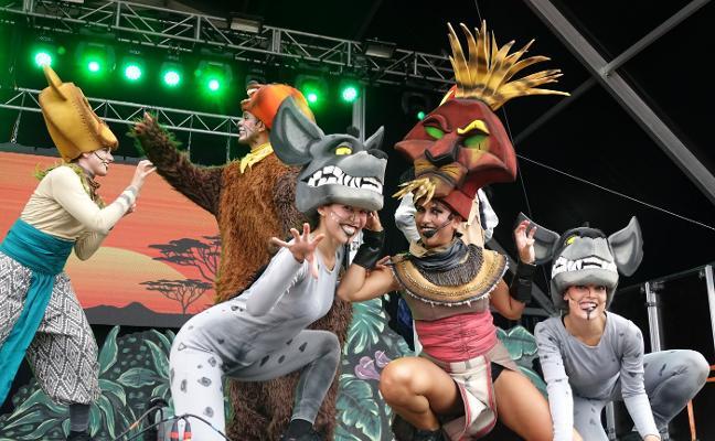 El Rey León ruge en el festival Vive Llanes