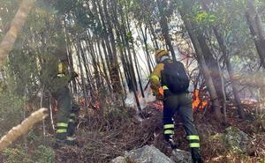 El incendio en Valdés llegó a veinte metros de las casas