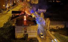 Se incendia una casa abandonada en Avilés