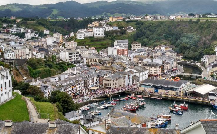 La belleza de los pueblos asturianos a la orilla del mar