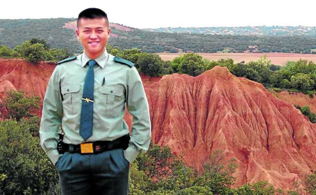 Xiaowei Li, primer agente de origen chino que entró en la Guardia Civil: «España es mi pasión»
