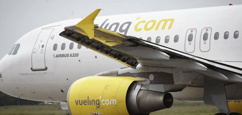 Retrasos de más de 5 horas en cuatro vuelos a Londres y Barcelona