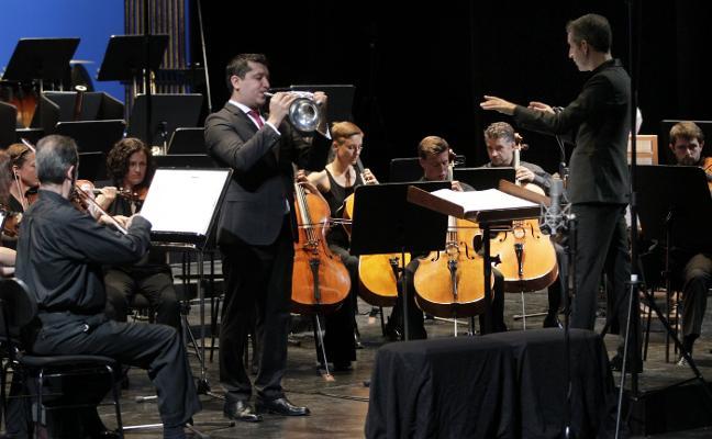 Pacho Flores estrena 'Concierto de Otoño'
