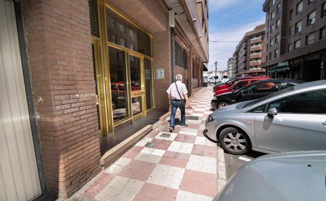 Detenido un octogenario en Oviedo tras apuñalar a su expareja en Siero