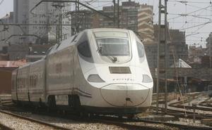 El Alvia que viene a Gijón desde Alicante se quedó sin aire acondicionado con un calor de 34 grados