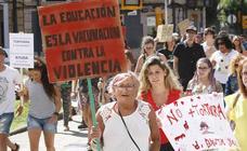Manifestación antitaurina en Gijón